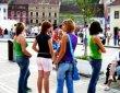 ЕС отпуска милиарди евро за борба с младежката безработица